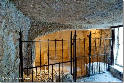 Garden Tomb interior, tb010910352