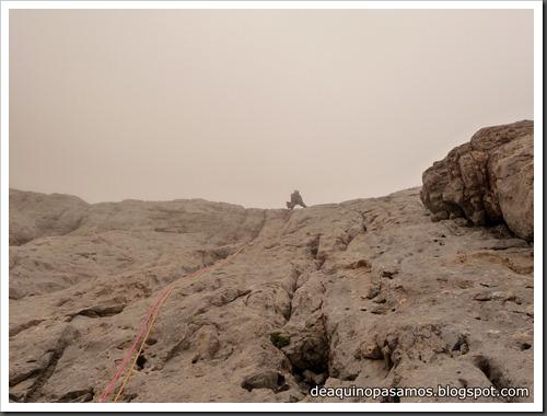 Via Directa de Los Martinez 250m D- V- (Picu Urriellu, Picos de Europa) (Omar) 0881