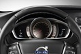 2013-Volvo-V40-Cross-Country-29