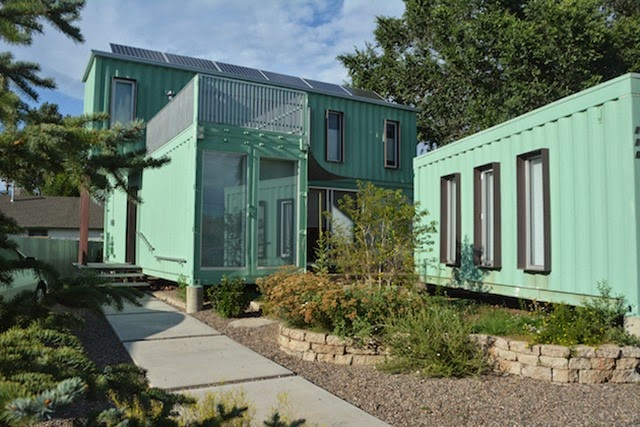 Six-Unit-Sustainable-Shipping-Container-House-7[1]