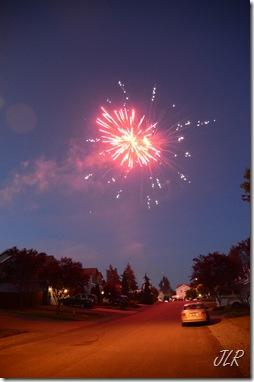 FireworksOverHouses2