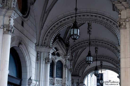 opera_20110906_lamps