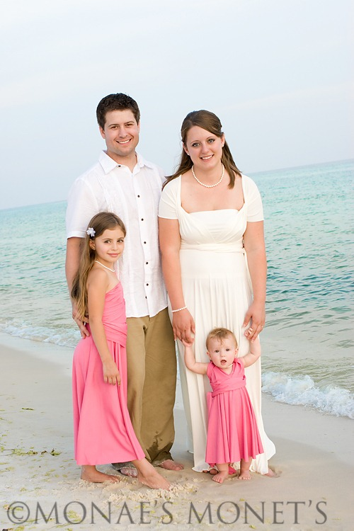 Family Picture by beach blog
