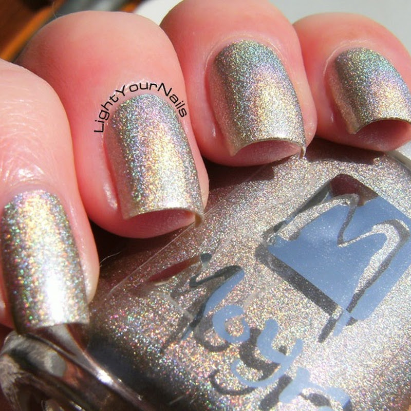 Polishinail shop: Moyra holographic 252 (nude)