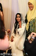 12-Gambar-Sekitar-Majlis-Pernikahan-Ella-Azhar-Ghazali