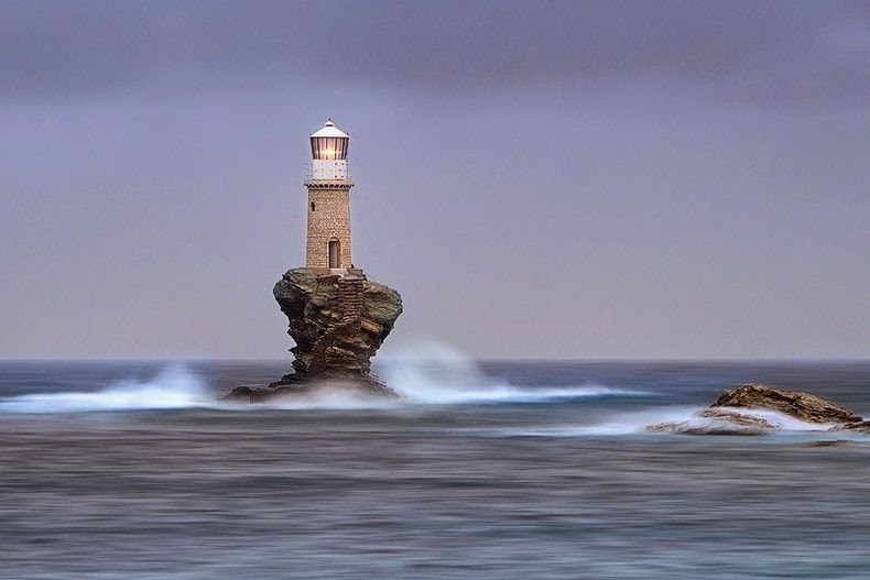 tourlitis-lighthouse-5