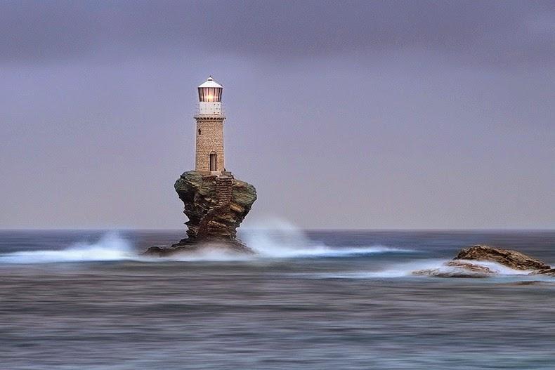 tourlitis-lighthouse-5