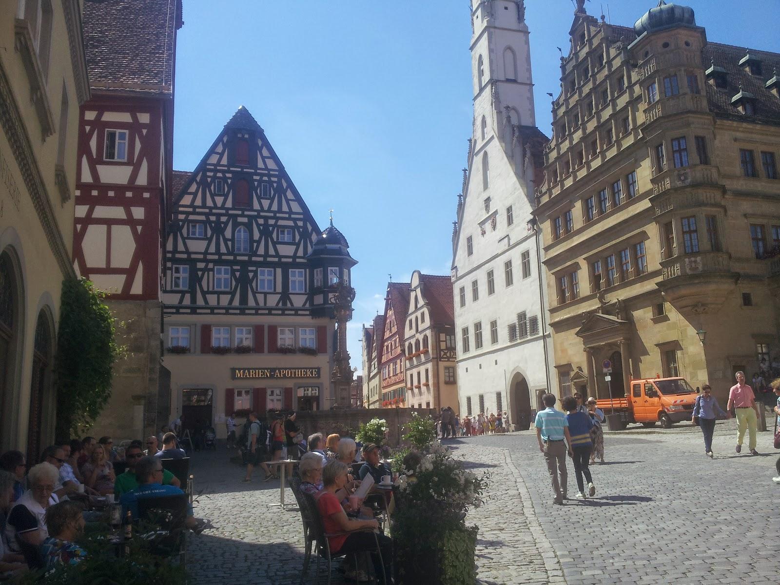 angekommen in ochsenfurt hatte ich gleich beim ersten versuch glck bin mitten in der altstadt im hotel zum schmied 3850untergekommen - Ochsenfurt Hotel