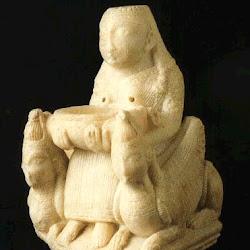 71 - Dama sedente o diosa Tanit de Galera (Granada)