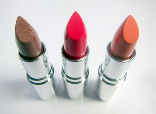 fd5d_The-Body-Shop-Colour-Crush-Lipstick-2