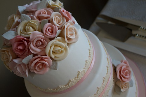 Sugar Rose Wedding Cake-7