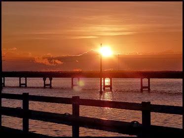 09a - early morning 7 mile bridge walk - sunrise