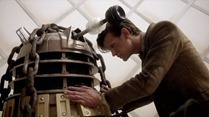 Doctor.Who.2005.7x01.Asylum.Of.The.Daleks.HDTV.x264-FoV.mp4_snapshot_42.11_[2012.09.01_19.58.12]