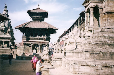 Things to see in Nepal: The square in Bhaktapur