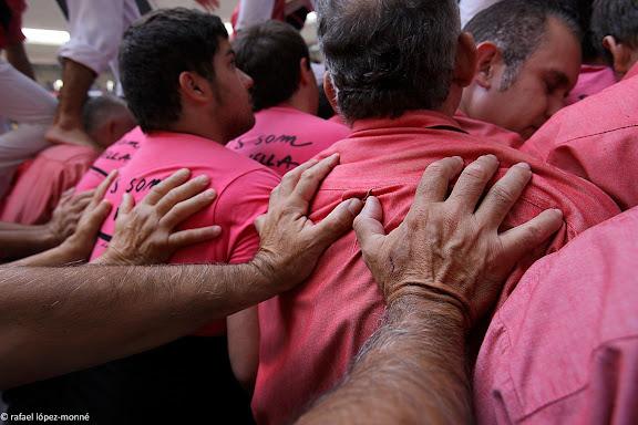 Colla Vella dels Xiquets de Valls, 5 de 9 amb folre.XXIIIe Concurs de Castells a Tarragona.Tarraco Arena Placa (antiga placa de braus).Tarragona, Tarragones, Tarragona