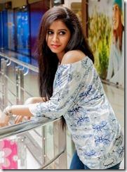 swathi_deekshith_latest_stylish_pics
