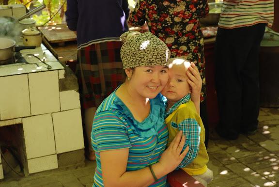 Turfan - Putaogou mère et enfant