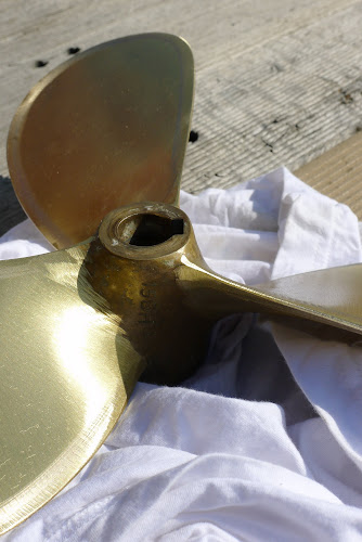 Fixed (sic) propeller ready to be installed