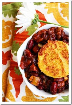 Vegetarian Chili Polenta Cake