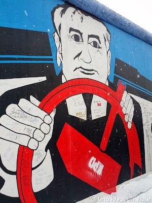 berlin wall (7).jpg