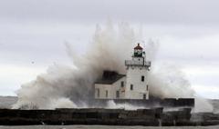 Sandy vs lighthouse