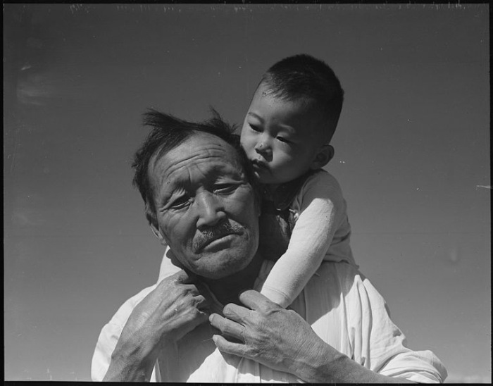 Grandfather and Grandson Manzanar Wikimedia Commons