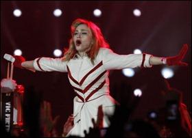 Madonna MDNA tour Russia 02