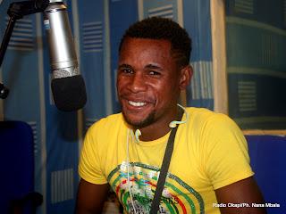 Yves Angani, footballeur professionnel congolais, invité de Radio Okapi, le 21/09/2011. Radio Okapi/Ph. Benjamin Litsani