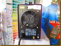 ตู้เชื่อมไฟฟ้า IWELD TIG200  หลัง