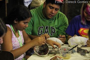 Foto 01 - Alunos do Liceu de Artes recebem visita de ator e diretor Walter Rhis