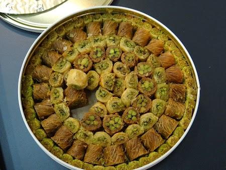 12. Prajituri iordaniene.JPG