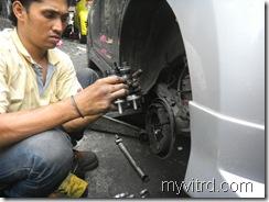 Tukar bearing tayar dengan ABS-myvi-3