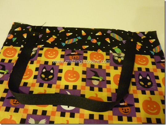 Trick or Treat bag tutorial by Crafty Cousins (14)