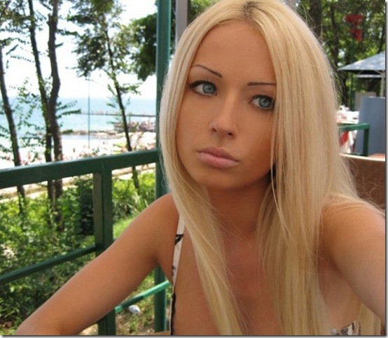 valeria-lukyanova-barbie-doll--4