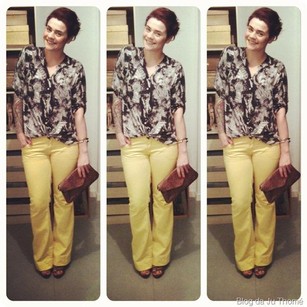 look calça amarela lança perfume e camisa estamapada zassi