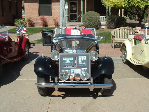 1953 MG TD - Front