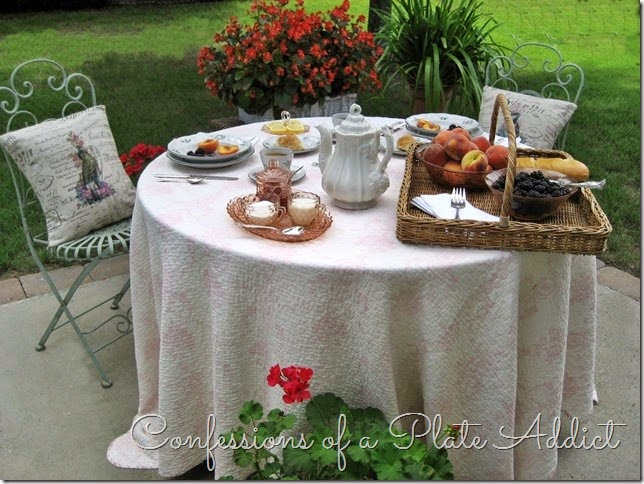 CONFESSIONS OF A PLATE ADDICT Dining Outdoors...French Style