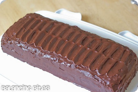 Candy Bar Cake_thumb[4]