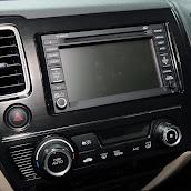 2013-Honda-Civic-Hybrid-7.jpg