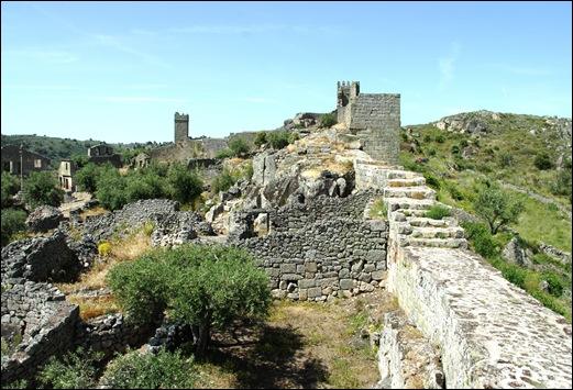 Marialva - Glória Ishizaka -  cidadela no interior da muralha 2