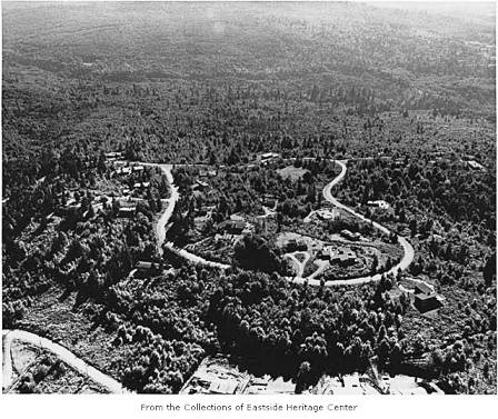 Aerial of Hilltop Community, ca 1955. Eastside Heritage Center Image 1995.12.04.  Used by permission. http://content.lib.washington.edu/u?/imlseastside,651