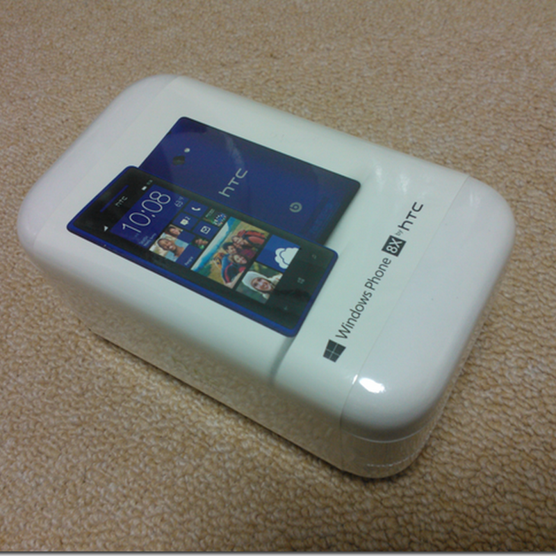 HTC 8x 開封の儀