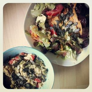 4 1 Schüssel Salat   1 Schüssel Quinoa und Gemüse = 1 super leckeres Mittagessen