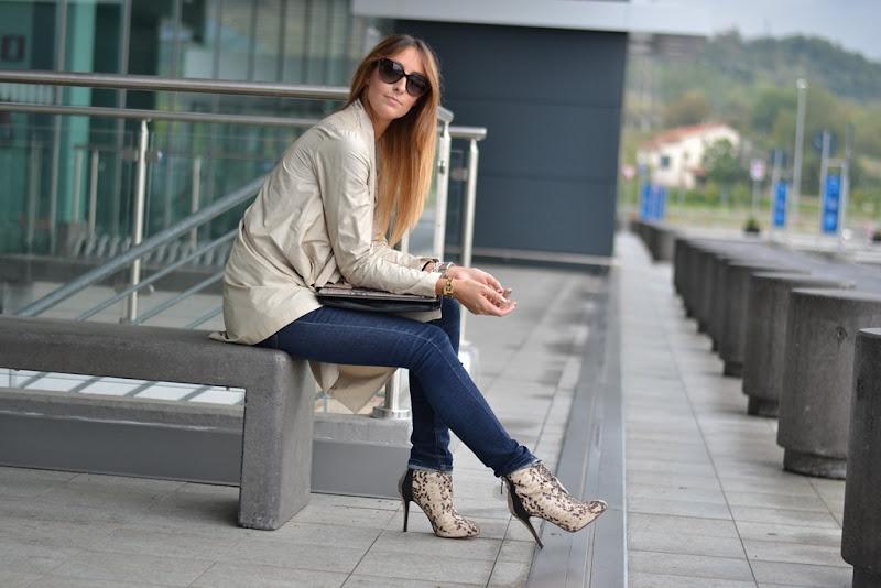 Rinascimento, trench, Stradivarius Bag, Stradivarius Clutch, Stradivarius Shoes, Valentino Sunglasses, Fashion Blogger, Italian Fashion Bloggers, Fashion Blogger Italiane, Fashion Blogger Toscane, Fashion Blogger Firenze, Outfit, Look of the Day, Street Style