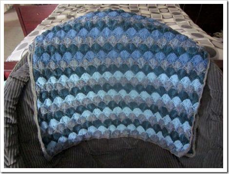 blanketfolded
