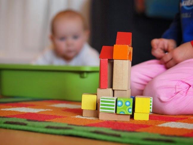 virtù - building with blocks