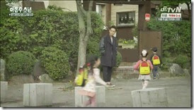 Plus.Nine.Boys.E14.END.mp4_000379345_thumb[1]