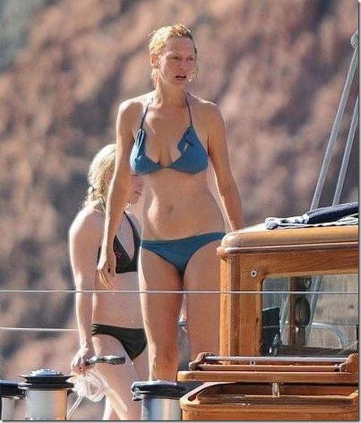 sexy-blue-bikini-580fa3