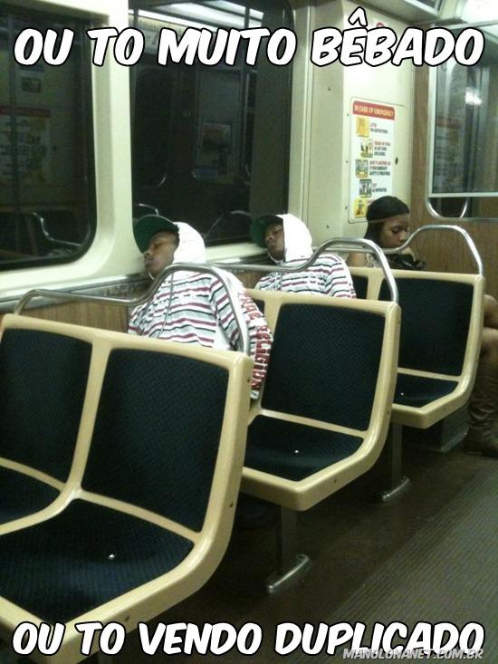 Clones no Metrô