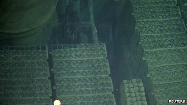 Fuel rods at the Fukushima Daiichi nuclear plant. Engineers are preparing to extract the first of thousands of fuel rods from the wrecked reactor-four building. Photo: Reuters